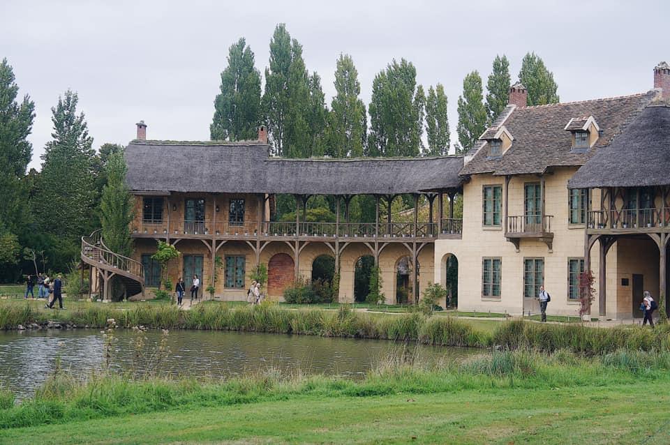 凡爾賽宮交通 皇后農莊