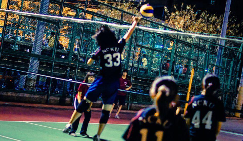 能衝敢拼,全力以赴的排球精神。