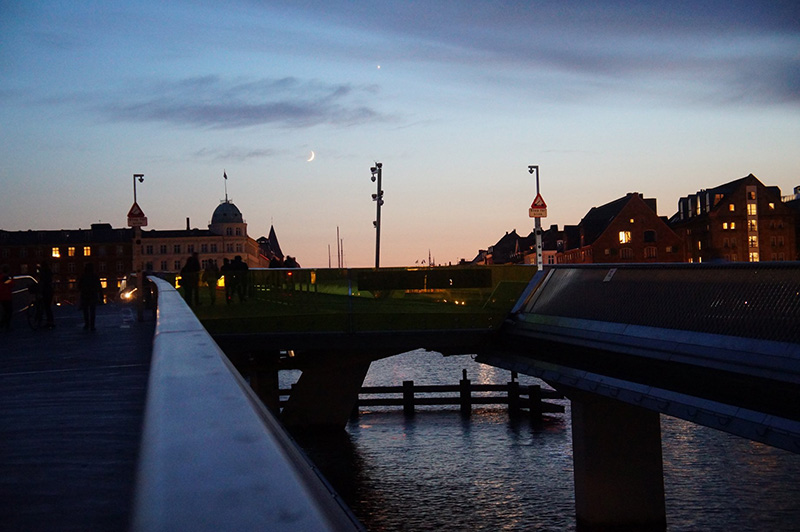 迷人的哥本哈根夕陽!這時大概是晚上10點!誇張吧!