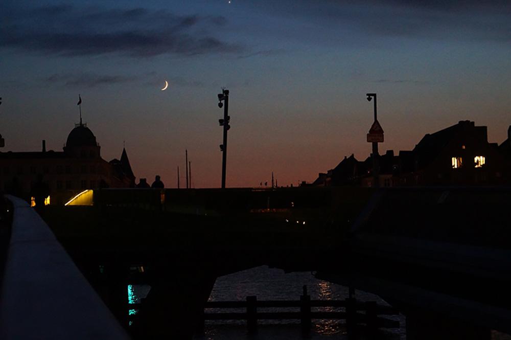 黑透了的夜,北歐之旅 第九天,終於看見黑夜降臨。