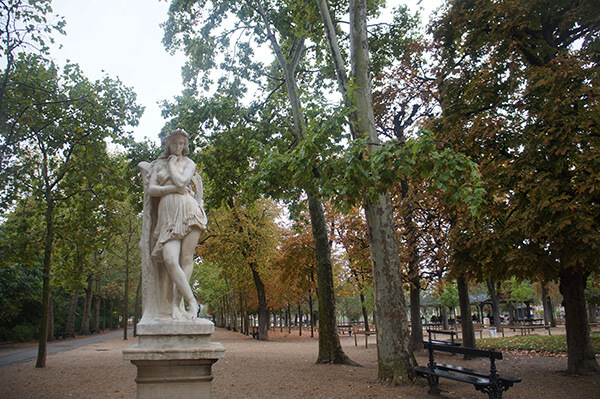 盧森堡公園雕像