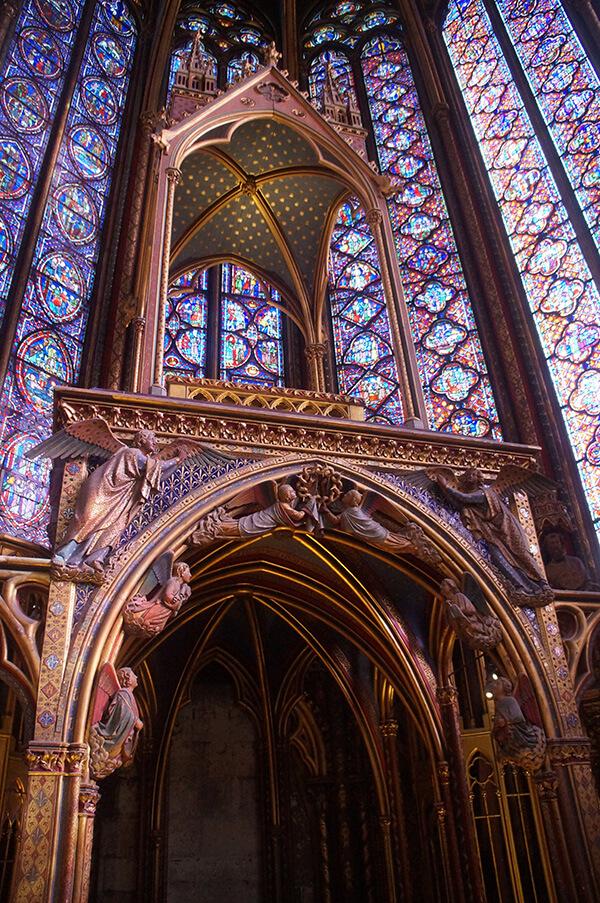 聖禮拜堂二樓中央大聖龕