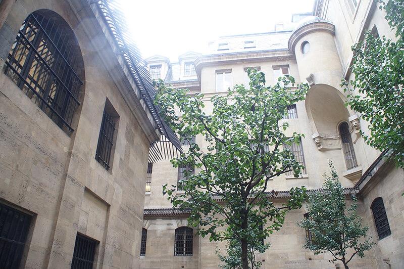 巴黎古監獄,中庭放風處