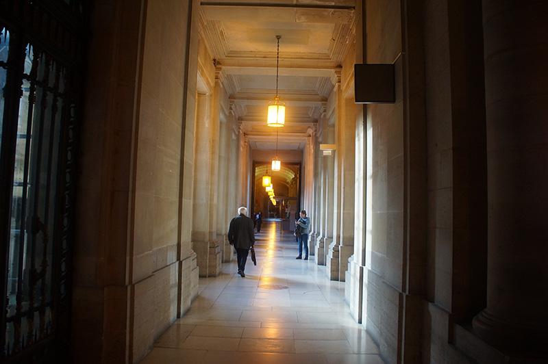 目前依然是司法院的皇宮歷史建築。