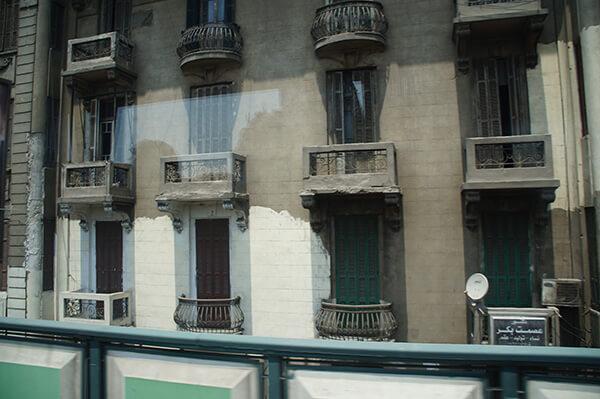 埃及老屋系列之三,歐風陽台小欄杆。