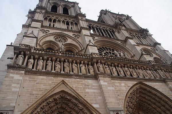 巴黎聖母院一樓