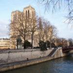 美麗充滿故事的巴黎聖母院