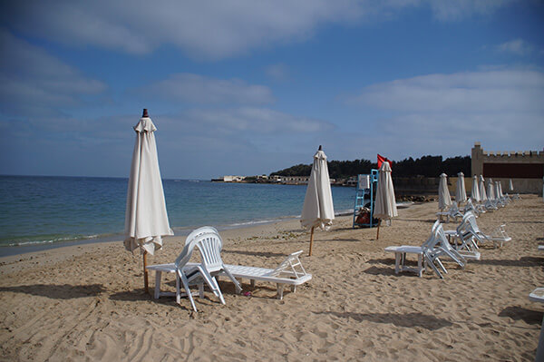 希爾頓飯店的私人沙灘!入住就可以在這邊悠哉一整天,for free!