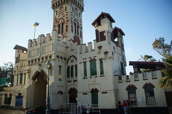 Montaza Palace大門口