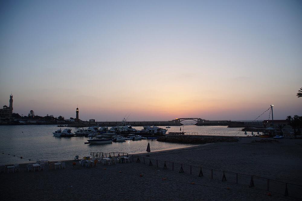埃及 亞歷山大,埃及水煙體驗,浪漫地中海,埃及旅行。