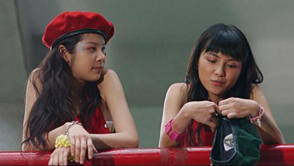 203040劇照,青春無敵卻有更多的迷惘與煩惱的20歲。