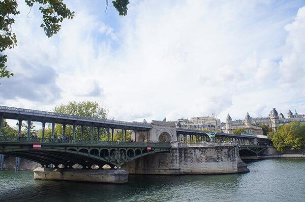 巴黎鐵塔5大拍照點之4,比爾阿克姆橋