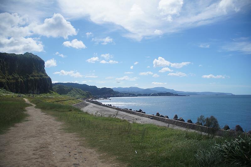 潮境公園方形山壁與海灣
