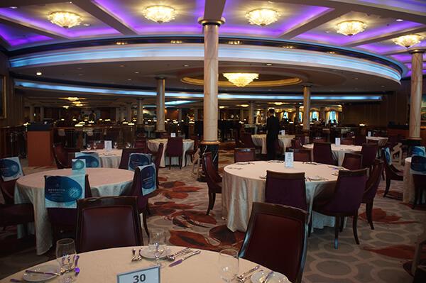 亮晶晶的星夢餐廳,西式用餐區。