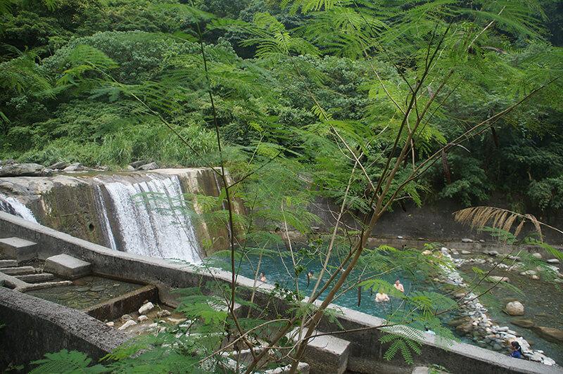 砂婆礑溪水源地最上層的瀑布區!