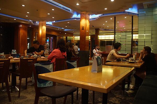 海馬日式料理座位區