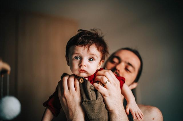 責任原則,先照顧好小家庭與寶寶。