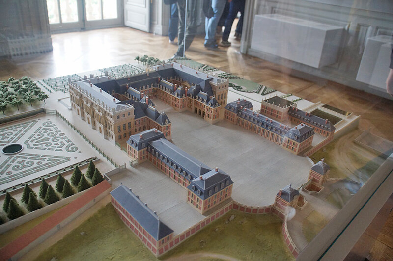 凡爾賽宮模型。