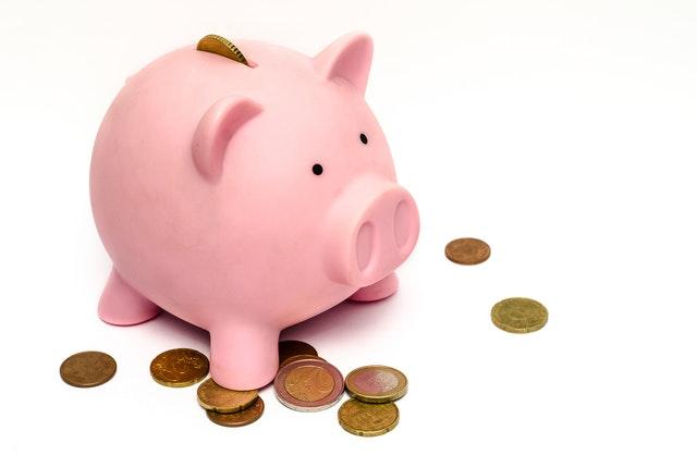存下緊急預備金跟保險,接下來才是投資金。