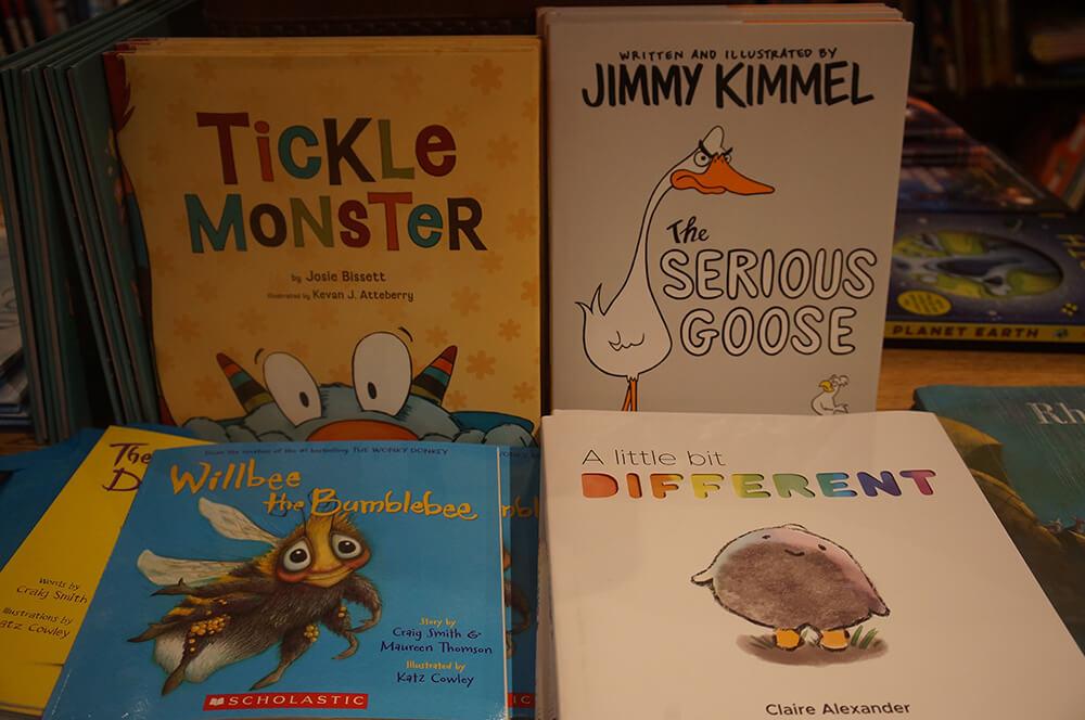 有趣的童書。