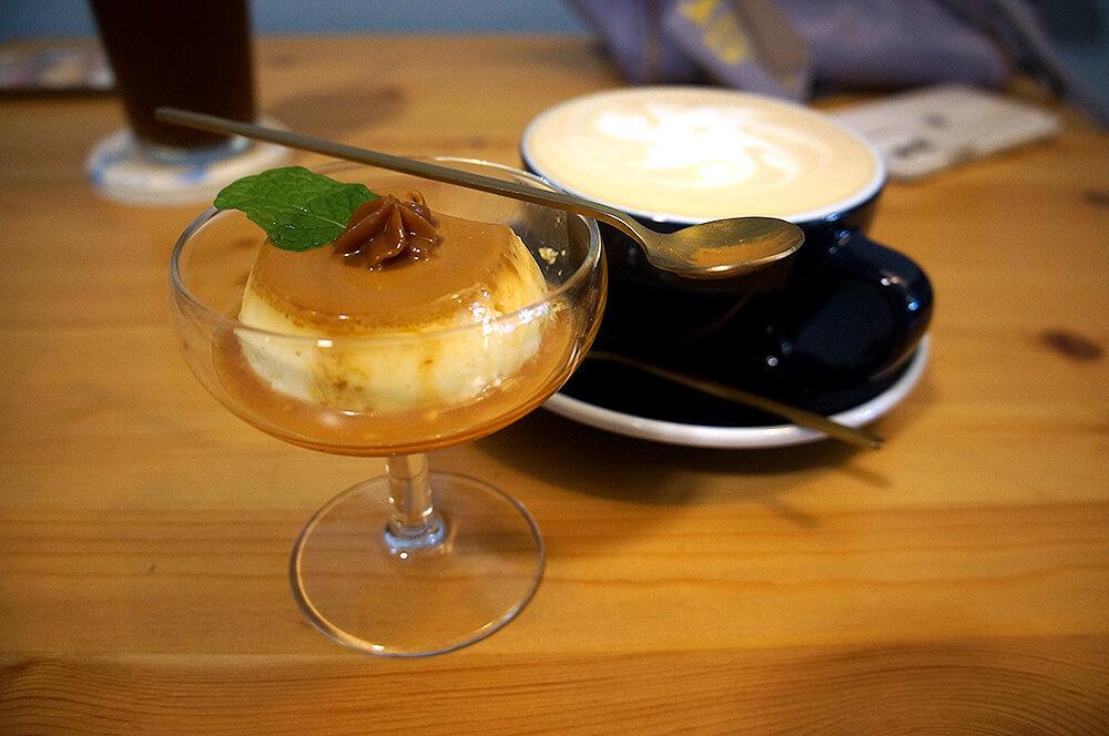 朋友的牛奶糖布丁與伯爵奶茶。