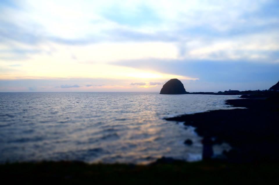 美麗的蘭嶼饅頭山夕陽。