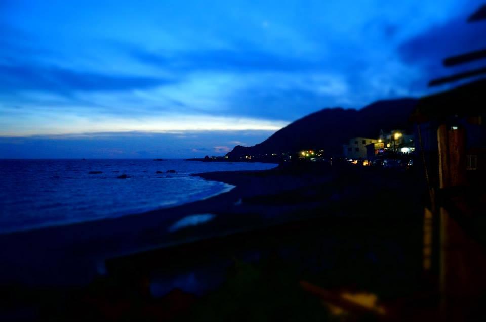 2013年的美麗海灣,有著愛心狀的灘頭。