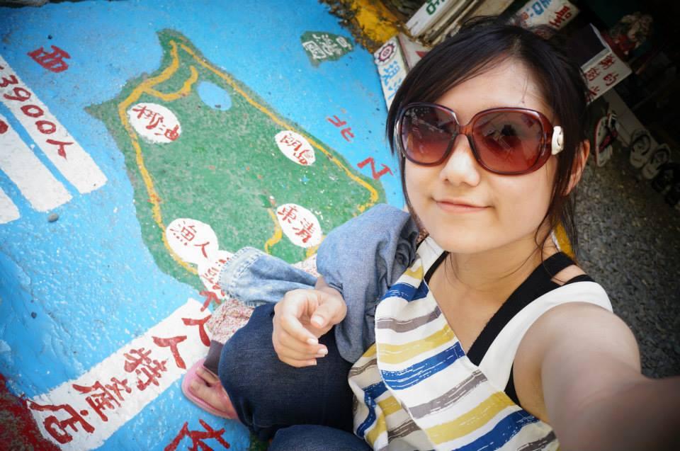八代灣人人特產店,地板上的蘭嶼地圖。