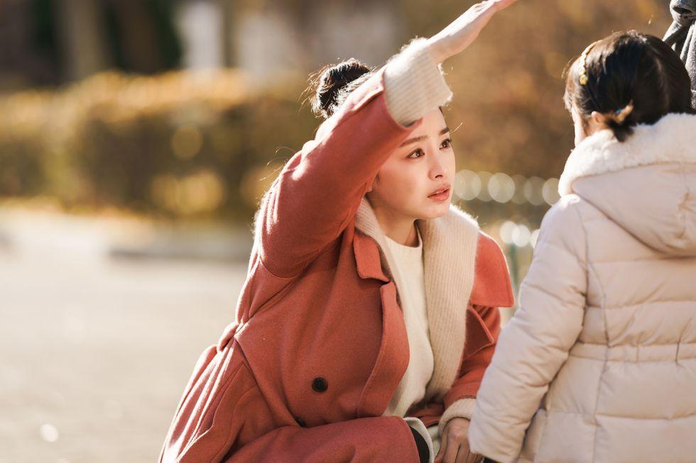 韓劇:懷孕車禍留下孩子而亡的車瑜理,本來只是想看著孩子學走路,一轉眼就過了5年鬼日子。