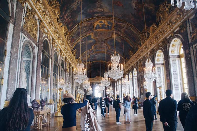 凡爾賽宮大名鼎鼎的鏡廳。